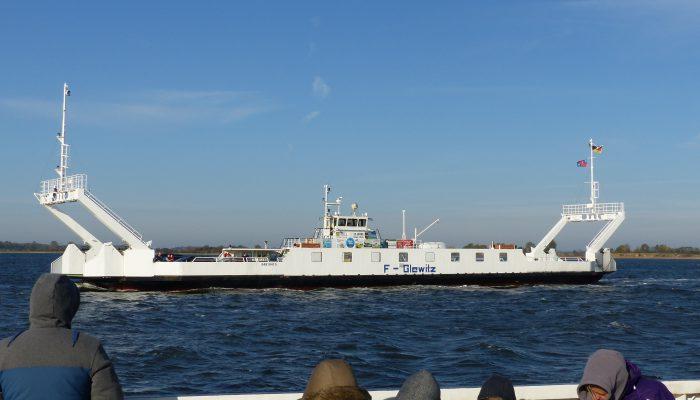 Mit der Glewitzer Fähren auf die Insel Rügen